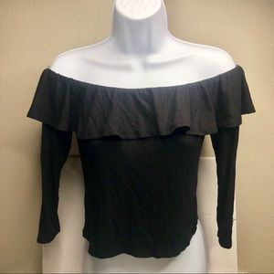 NWT Pacsun Black Ruffle Off The Shoulder Crop Top